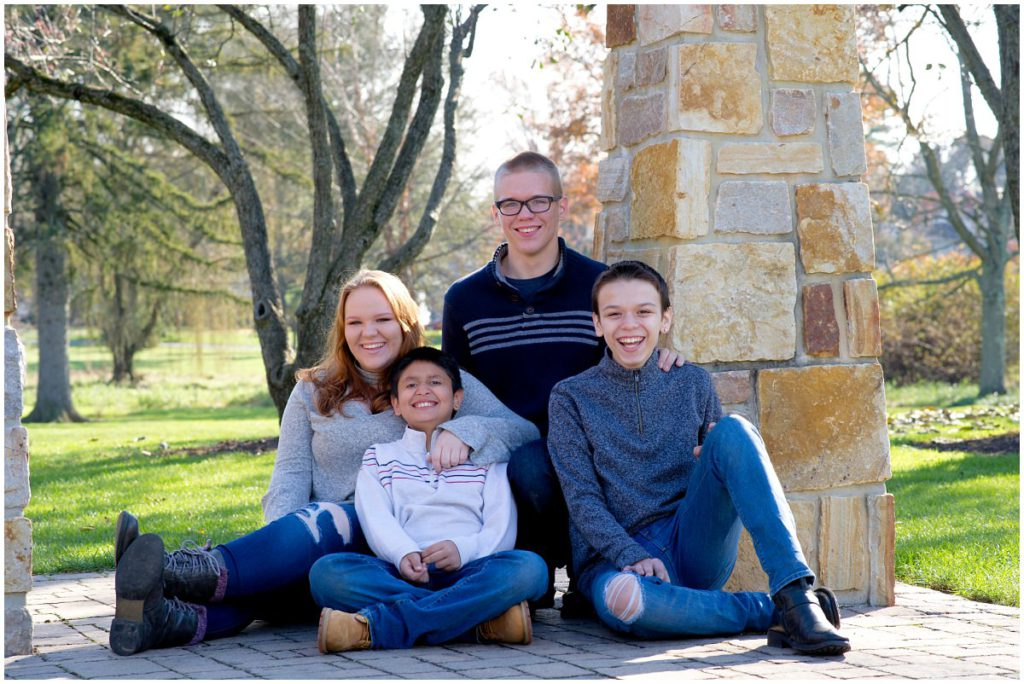 Allentown Rose Gardens Family Photo Session   K. Moss Photography